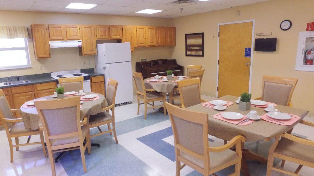 alpine-health-dining-room-01