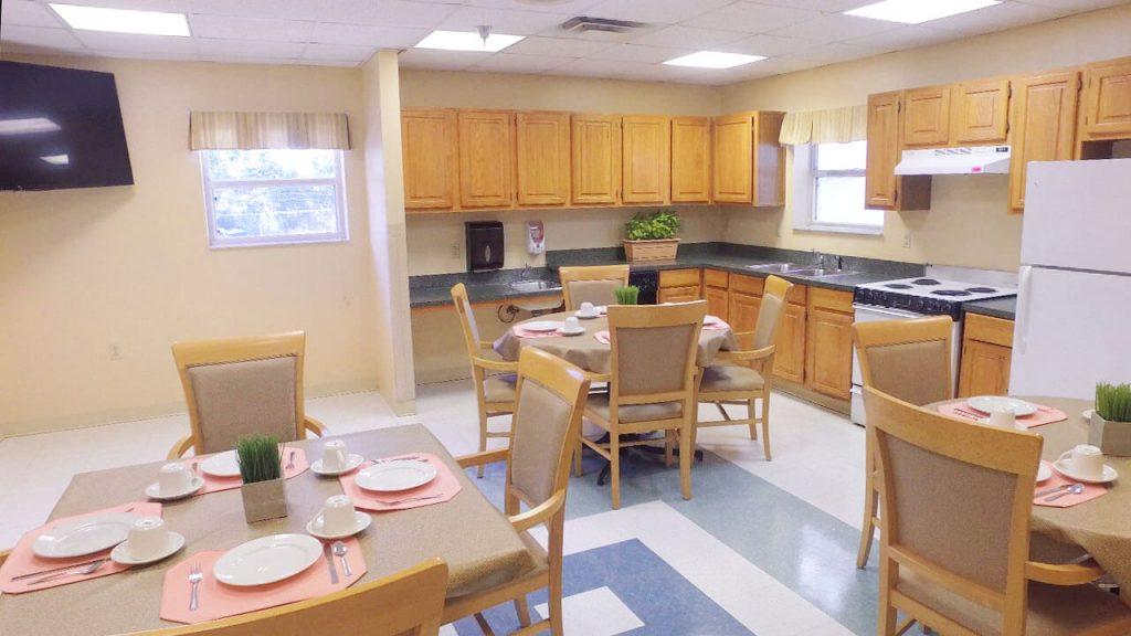 alpine-health-dining-room-03